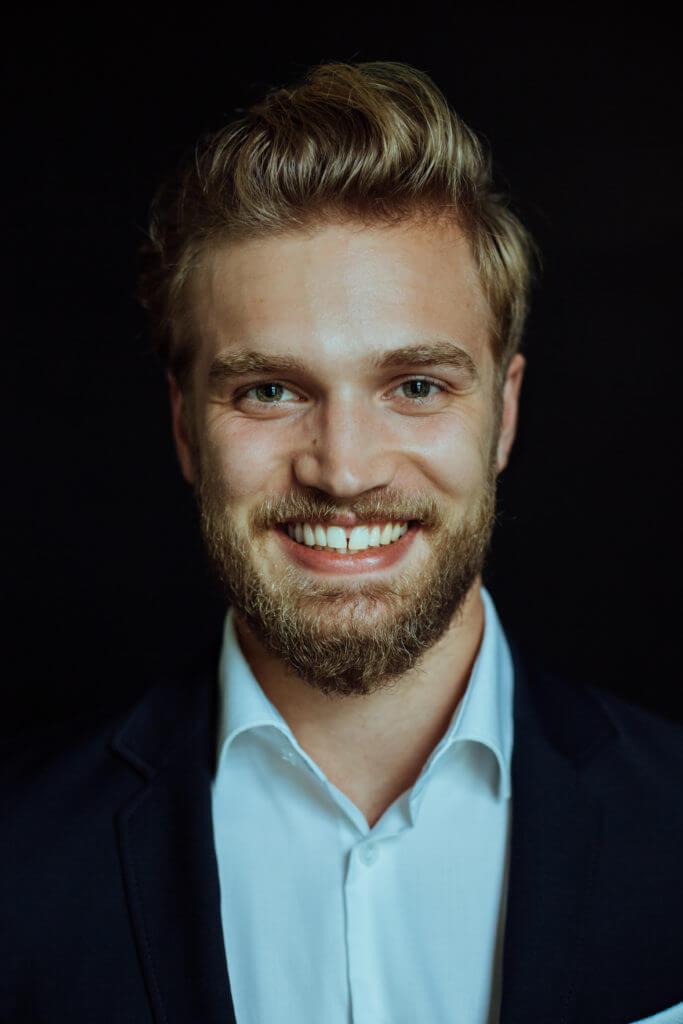 Andreas von der Recke YoungConsult